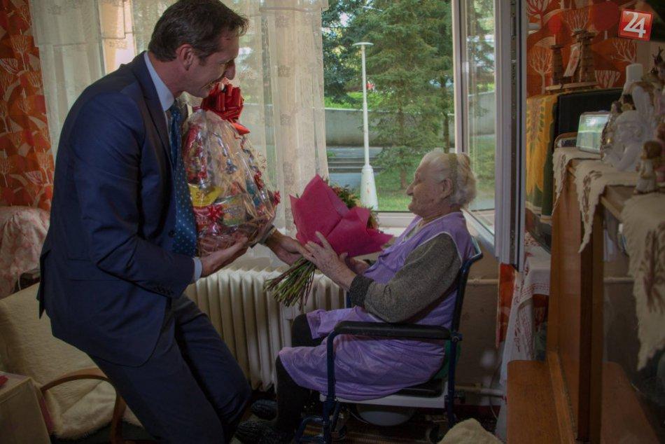 Zachytené fotoobjektívom: Babička Mária oslávila svoje 108 narodeniny