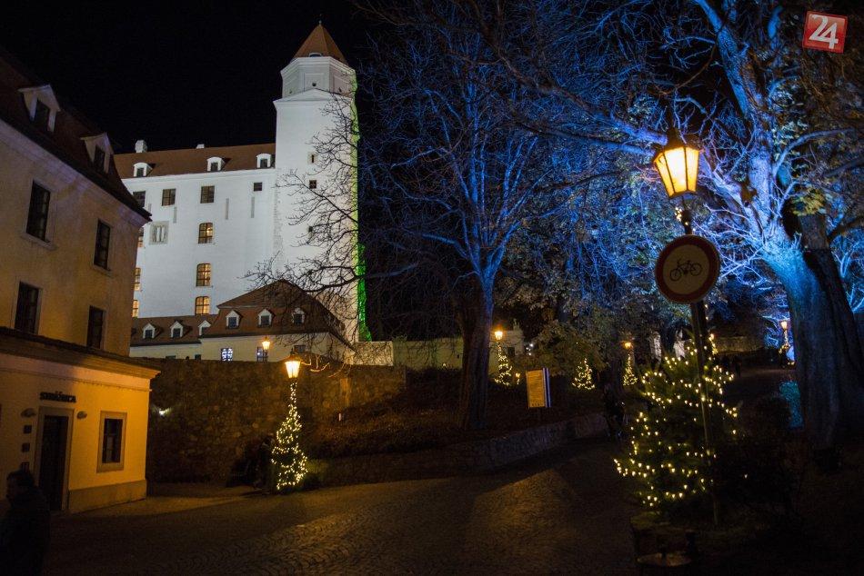 Vianočné trhy na Bratislavskom hrade