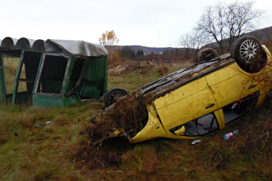 Obrazom: Dopravná nehoda pri Nadabulej