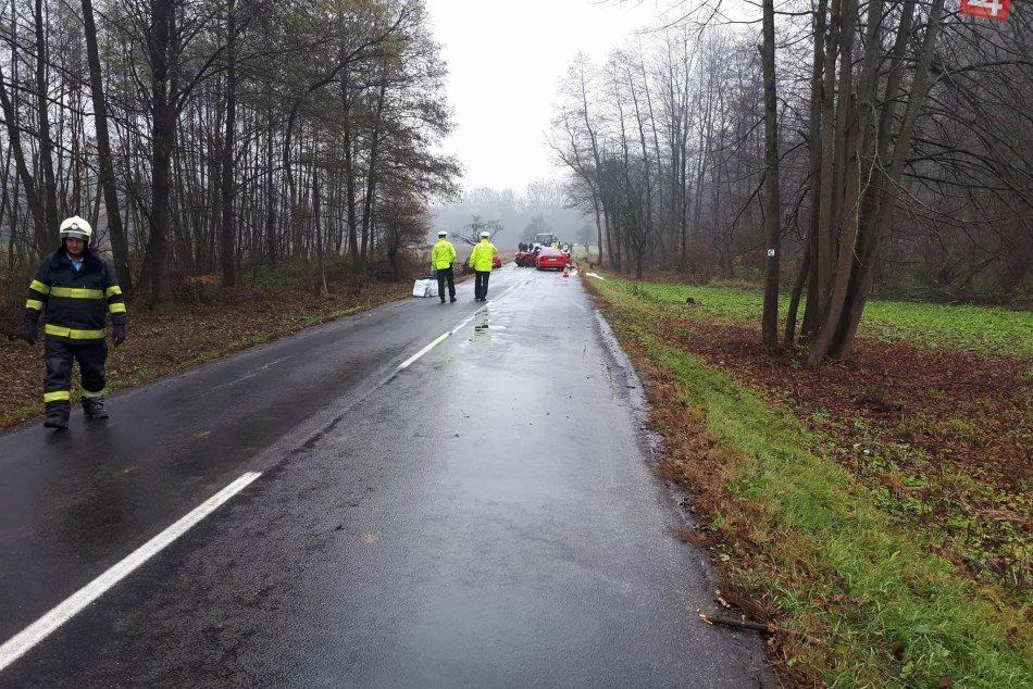 Obrazom: Zrážka vozidiel pri Drnave