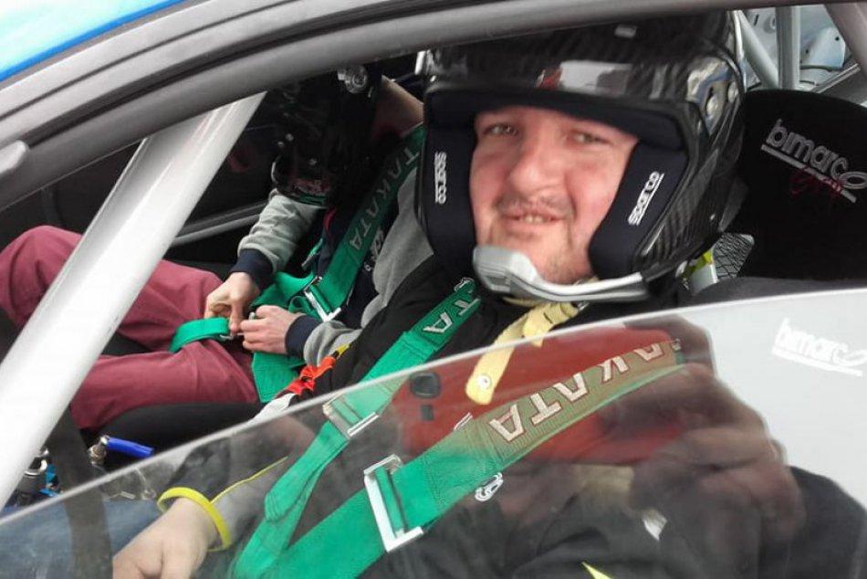 Obrazom: L Racing testoval na Brdárke