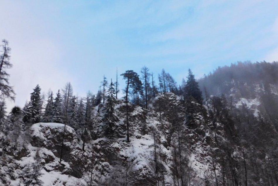Obrazom: Za zimou do Stratenej