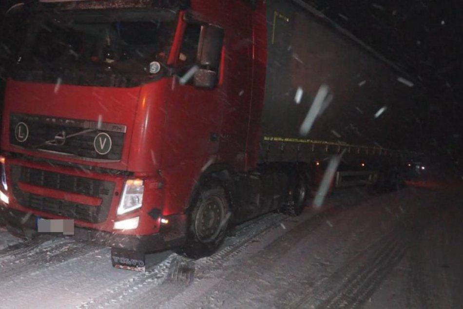Obrazom: Sneženie na cestách v okrese Rožňava