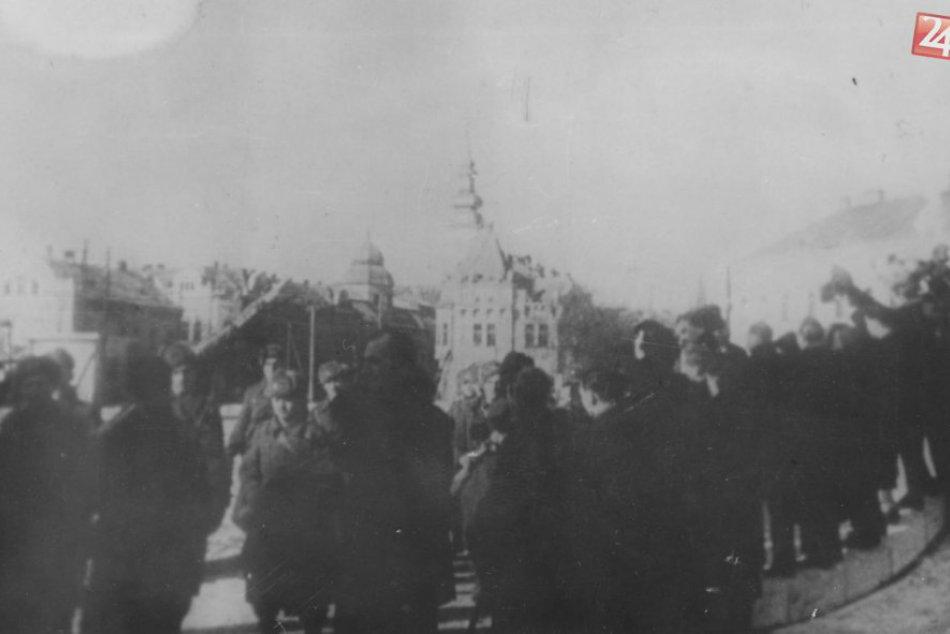 Zábery z histórie: Oslobodenie Prešova na archívnych fotkách
