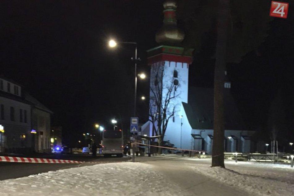 V OBRAZOCH: V autobuse nahlásili bombu