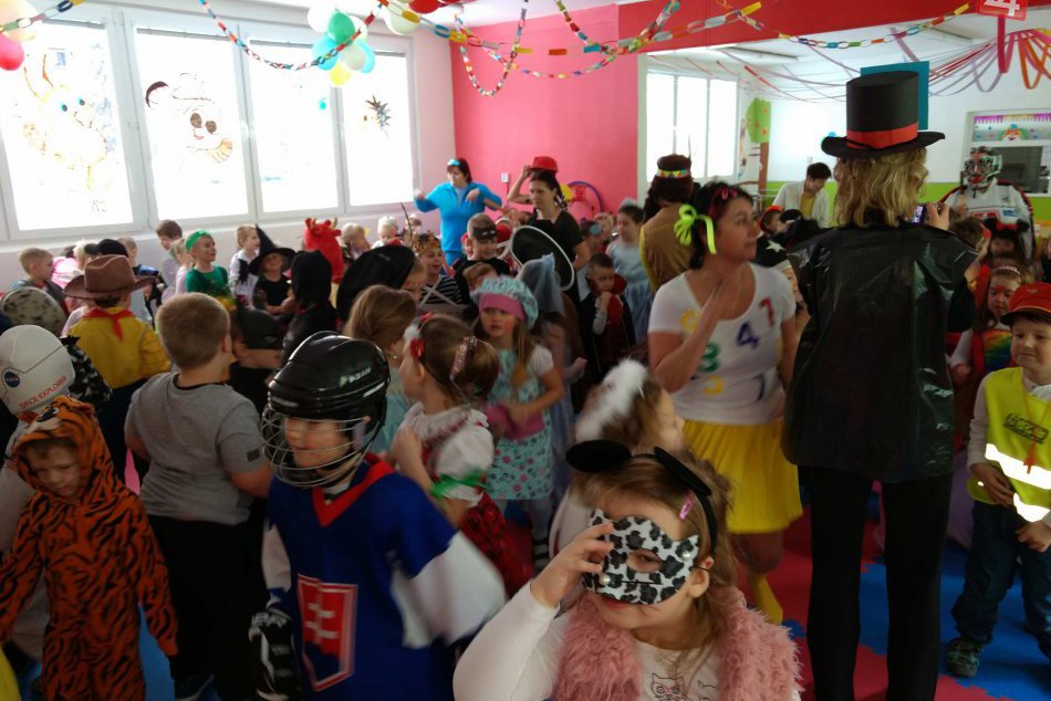 OBRAZOM: Karnevalová atmosféra zasiahla aj najväčšiu škôlku v našom meste