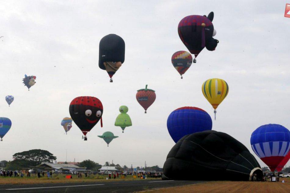 Nebo nad Filipínami zaplavili teplovzdušné balóny