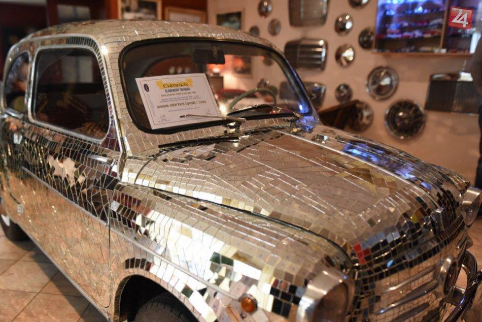 OBRAZOM:Pozrite si jedinečný kúsok v Trnave. Unikátne zrkadlové  Fiat 600D