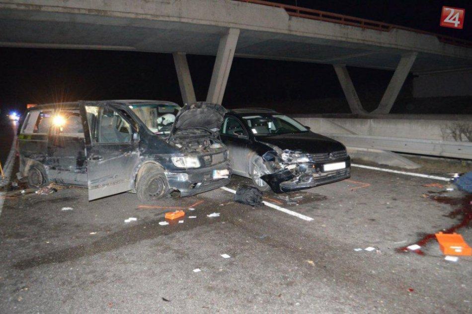 Tragická nehoda blízko Považskej si vyžiadala dve obete: Pozrite zábery polície
