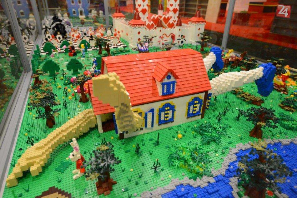 Výstava modelov z LEGO kociek