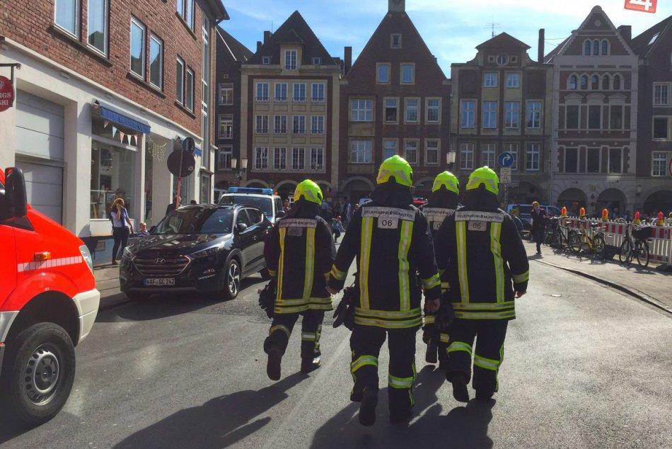 FOTO: V nemeckom meste Münster vrazilo auto do ľudí, hlásia najmenej 4 obete