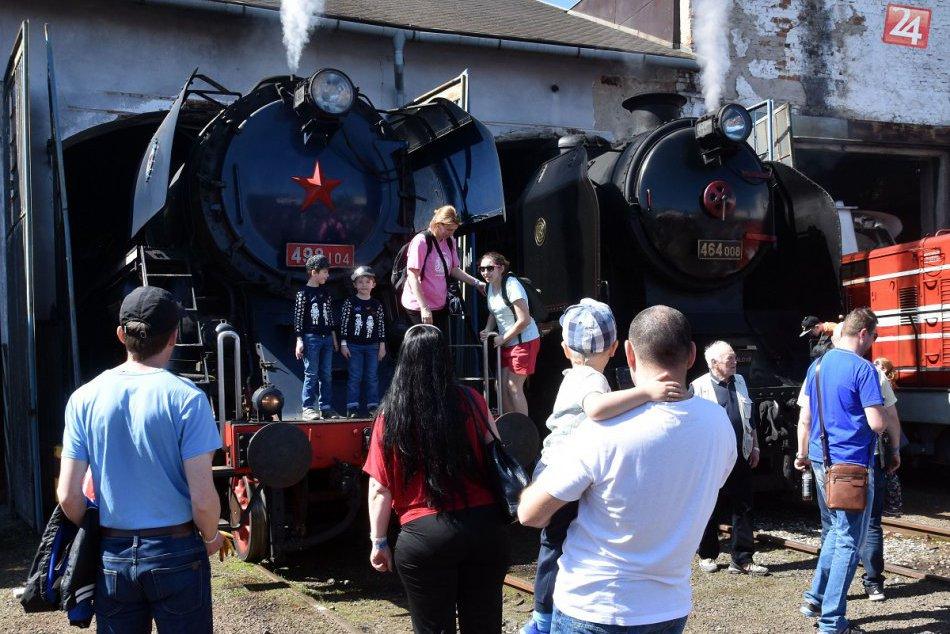 Rušňoparáda v Košiciach pritiahla davy: Jedinečná atmosféra zachytená na FOTKÁCH