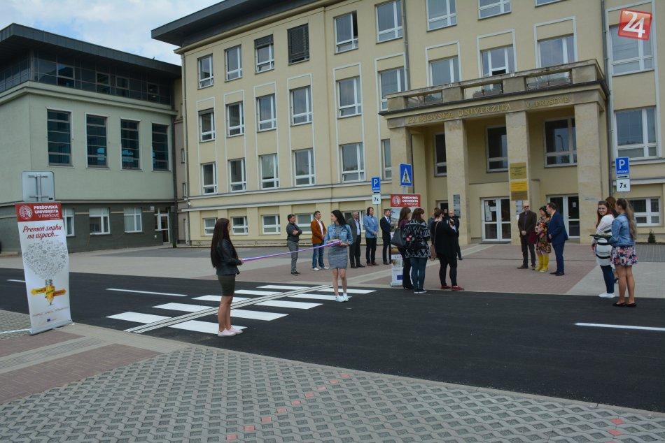 FOTO: Na PU v Prešove vytvorili desiatky parkovacích miest a nielen to!