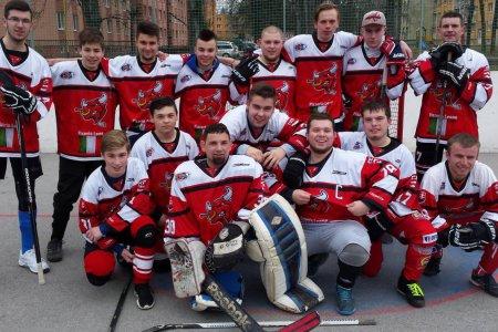 1a2a999e69bc4 Hokejbalová liga v Prešove: Padli debakle, jeden duel museli predčasne  ukončiť