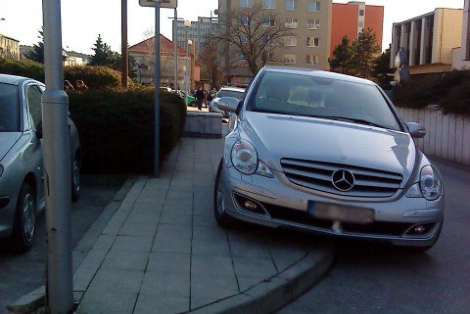 experti na parkovanie