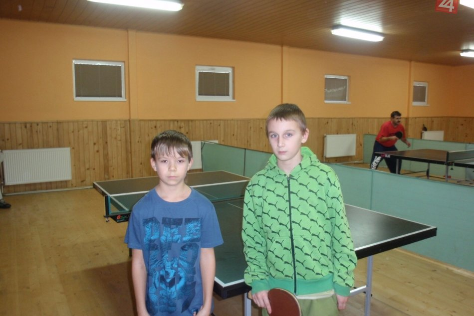 Stolny tenis B.Potok