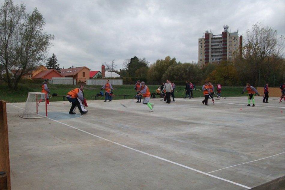 nové ihrisko hokejbalistov