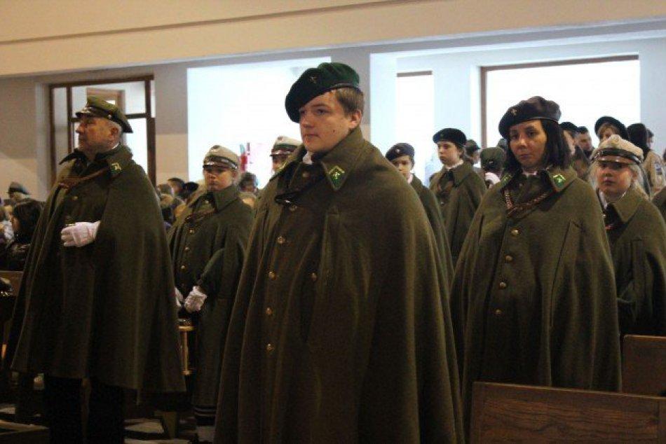 Betlehemské svetlo si dnes od Slovákov prevzali Poliaci: Vo Svite sa zišlo tisíc