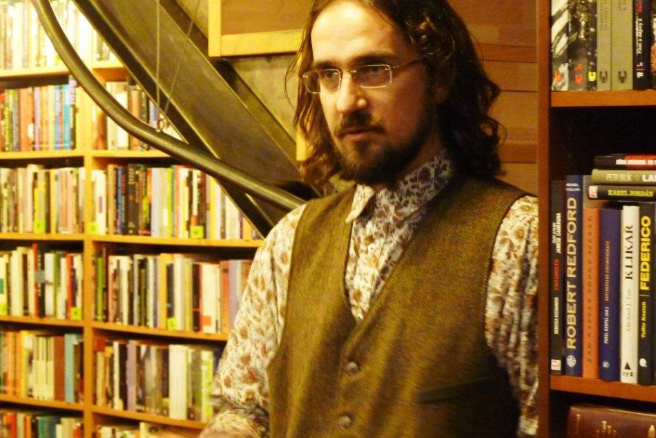 Autor knižnej novinky hovoril v Poprade o kontroverzných témach
