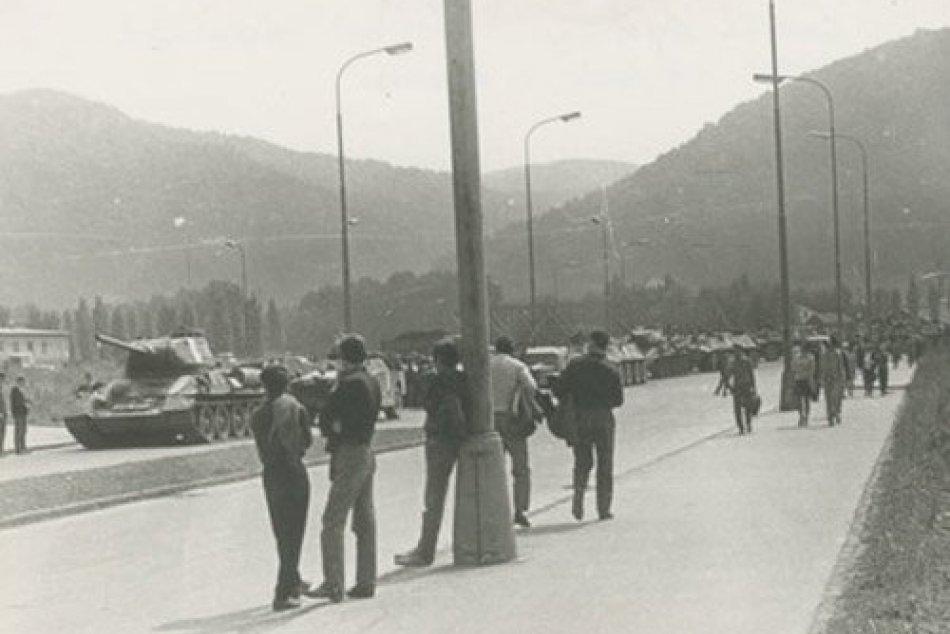 FOTO: Vpád vojsk Varšavskej zmluvy do Banskej Bystrice