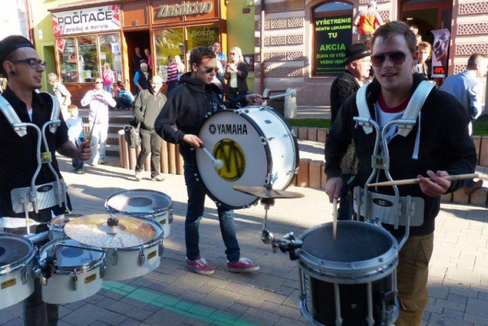 Na záver kultúrneho leta vystúpil Drišľak, zahrali českí bubeníci i domáci rocke