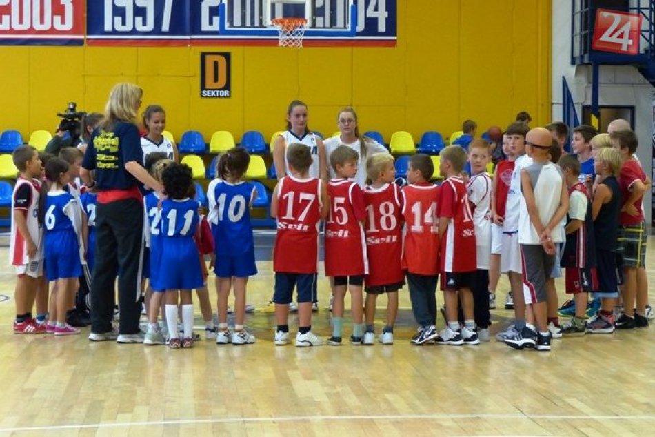 Vo Svite s basketbalom začínajú už tí najmenší. Trénovať ich budú Američania