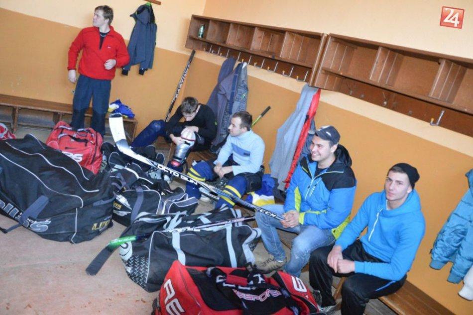 Juniori cestovali na prvý zápas do Gelnice