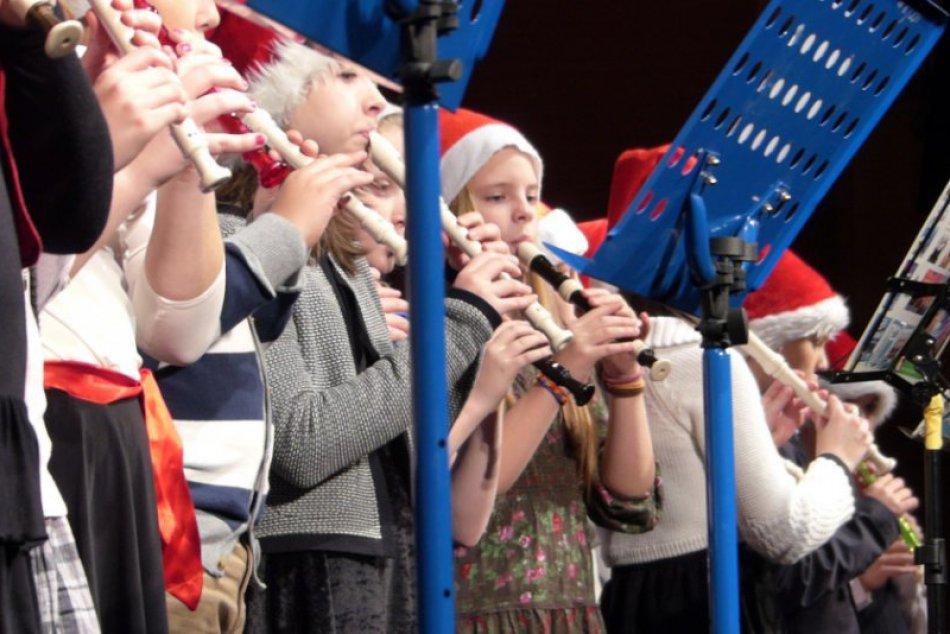 Klauni a vianočné prekvapenie - pestrý program popradskej ZUŠ-ky