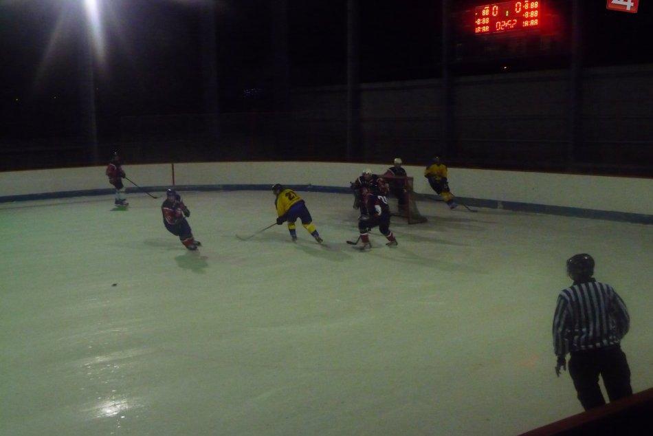 Revúcki hokejisti na rožňavskom ľade