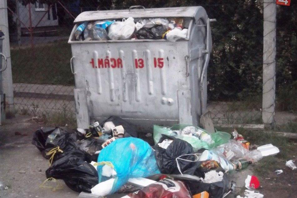 nevyvezený odpad v ZM
