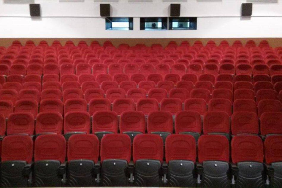 Zmodernizované kino v Topoľčanoch