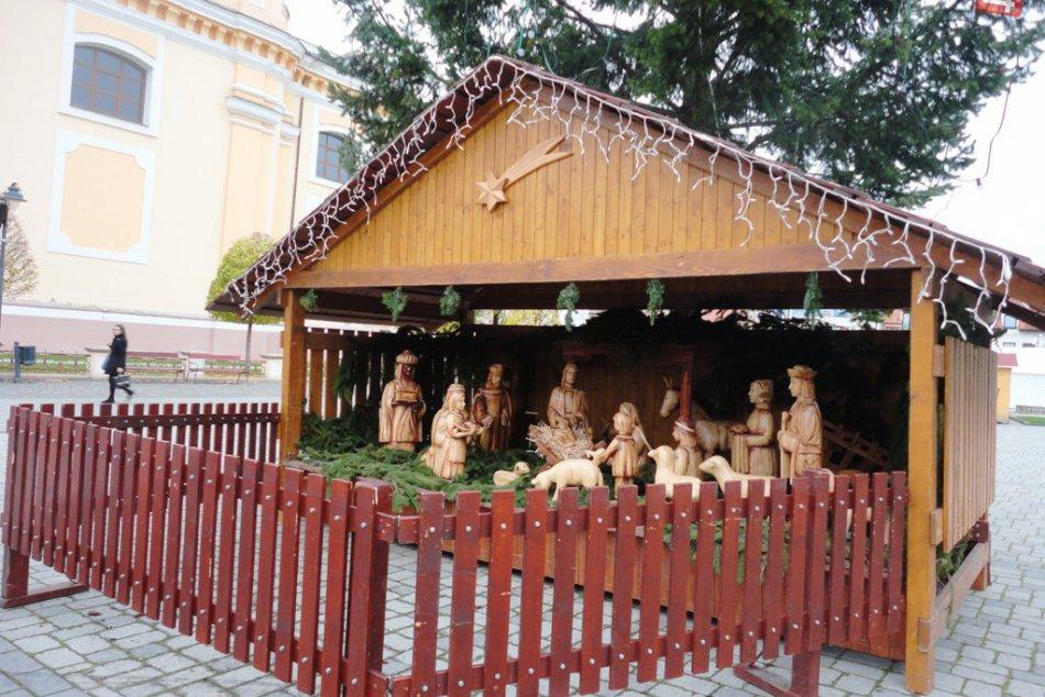 Vianoce prišli do Topoľčian