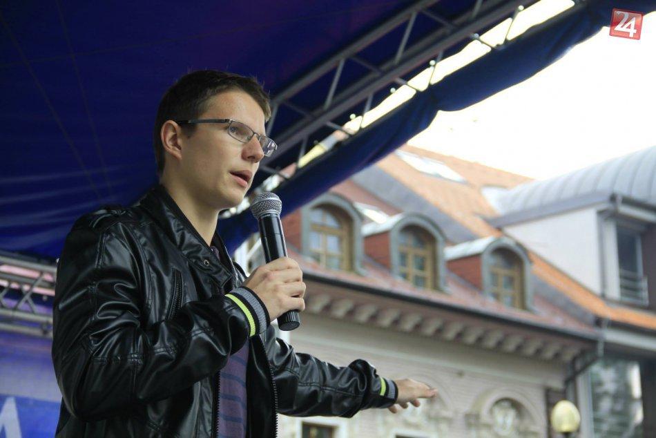 19-ročný Bystričan Jaro radí firmám ako prilákať zákazníkov