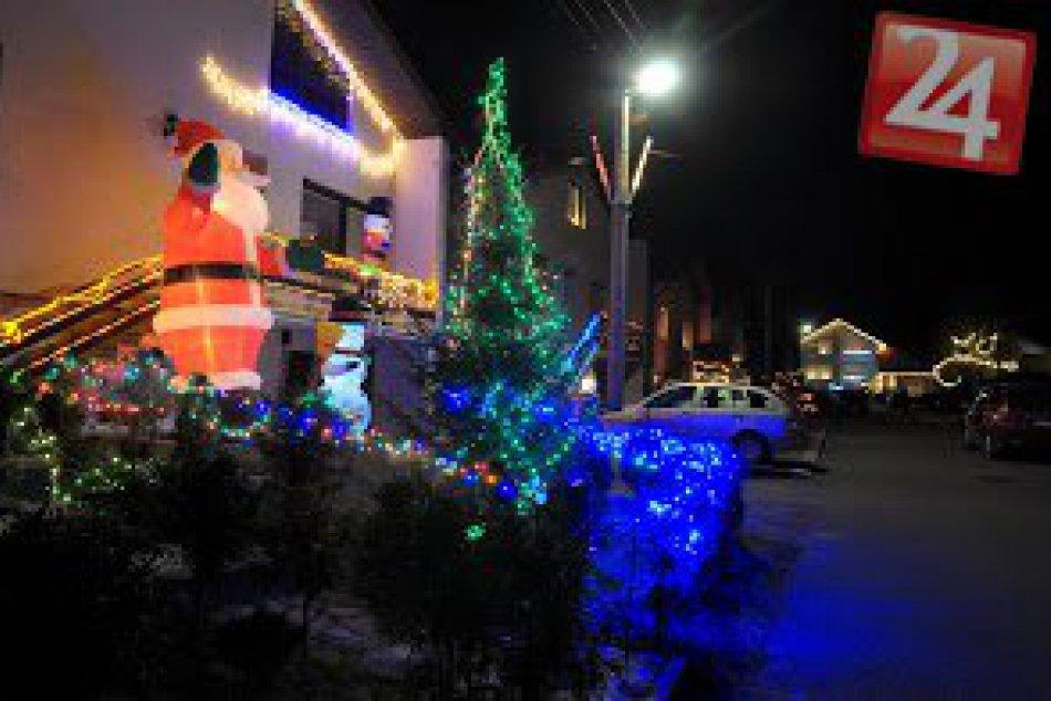 Nádherné Foto: Vianočná výzdoba v Smižanoch