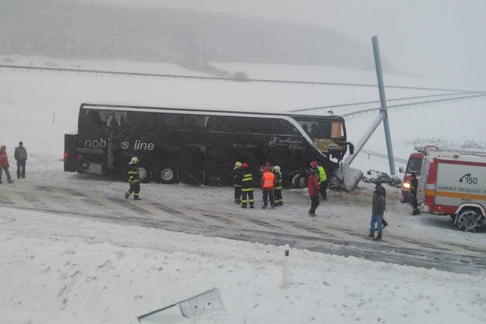 Nehoda autobusu pri Spišskom Štvrtku