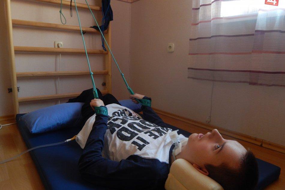Život sa im obrátil naruby: So svojím osudom Peťo (16) bojuje statočne