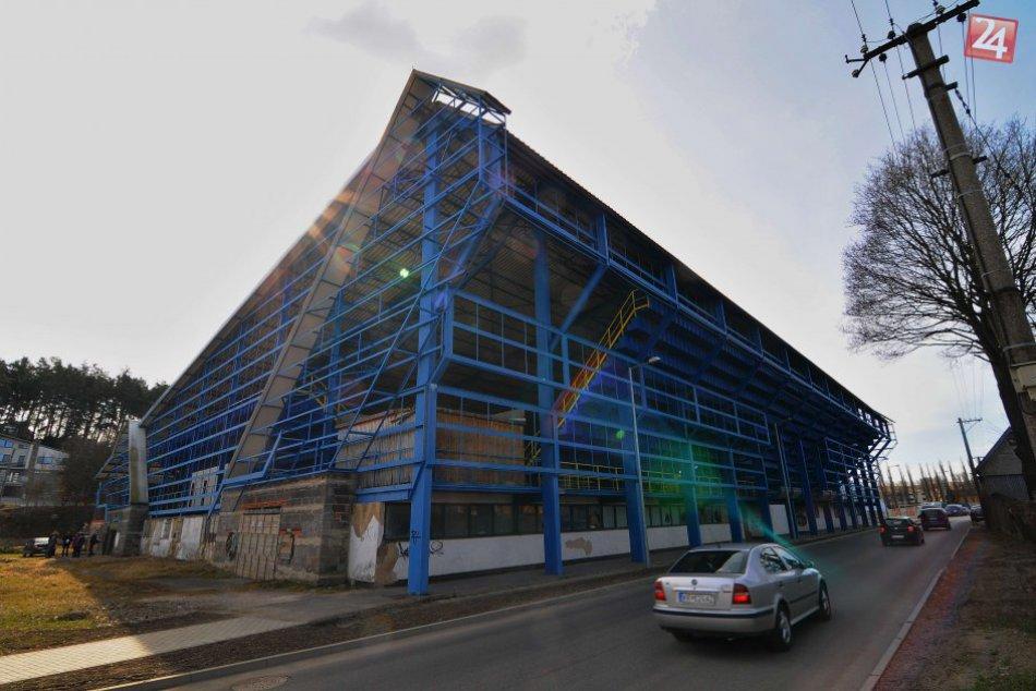 Zimný štadión v Kežmarku chce mesto po rokoch chátrania znovu oživiť
