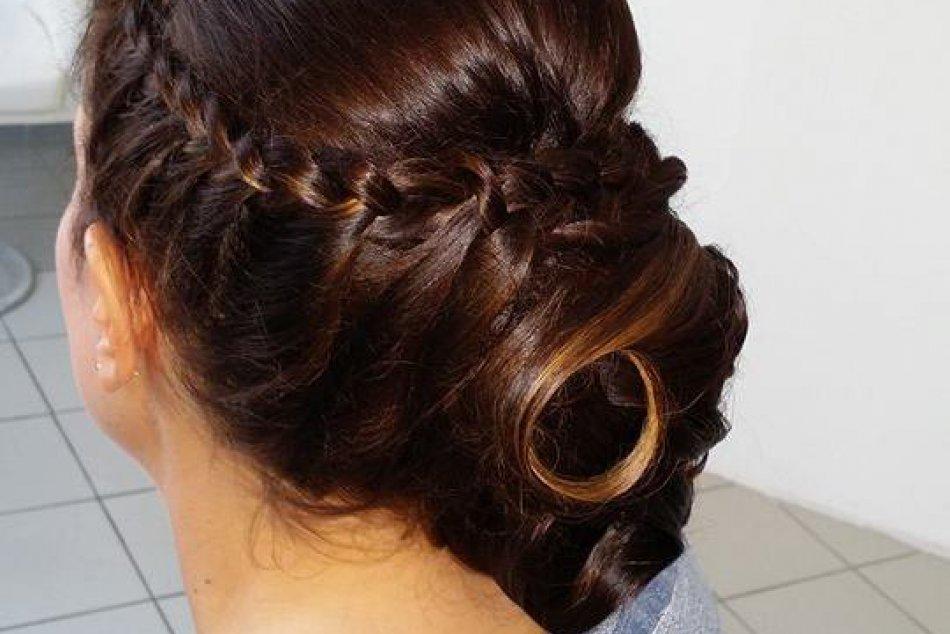 Kaderníčka Silvia podľa svojich zákazničiek s vlasmi čaruje