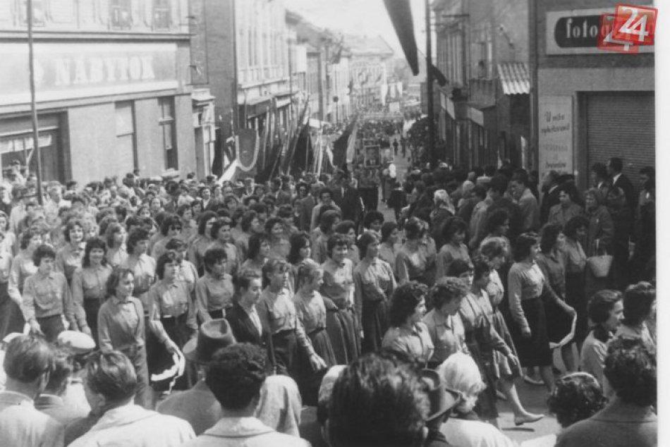 HISTORICKÉ FOTO: Prvomájové oslavné sprievody v Nitre