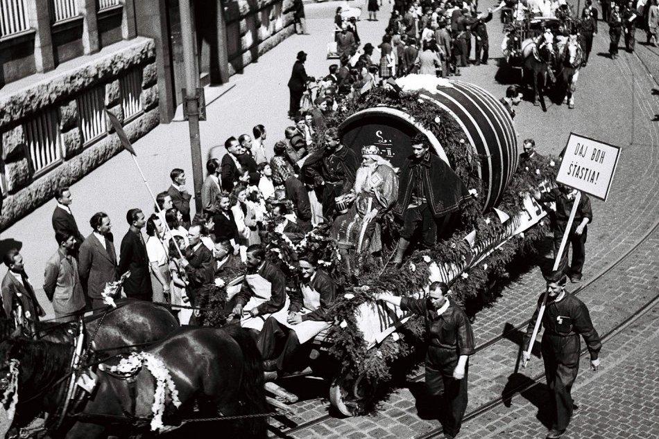 Oslavy 1. mája v Bratislave v roku 1946