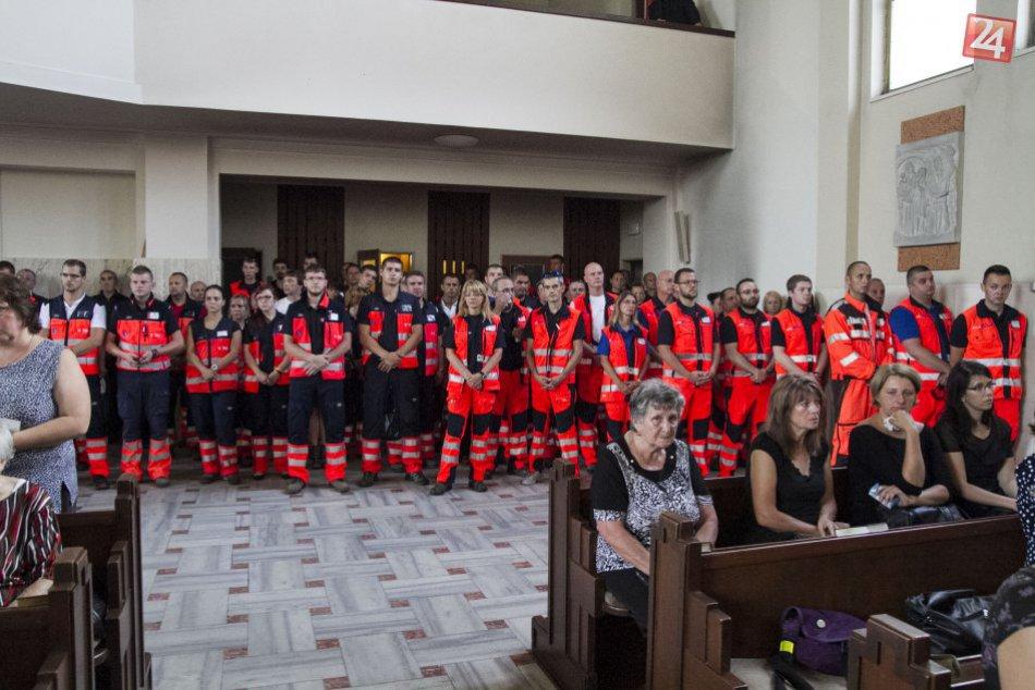 Posledná rozlúčka so záchranármi
