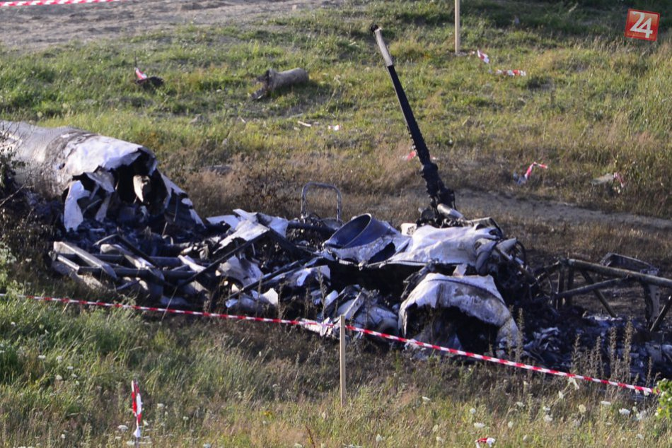 Nehoda vrtuľníka pri Prešove: Smutné zábery z miesta nehody