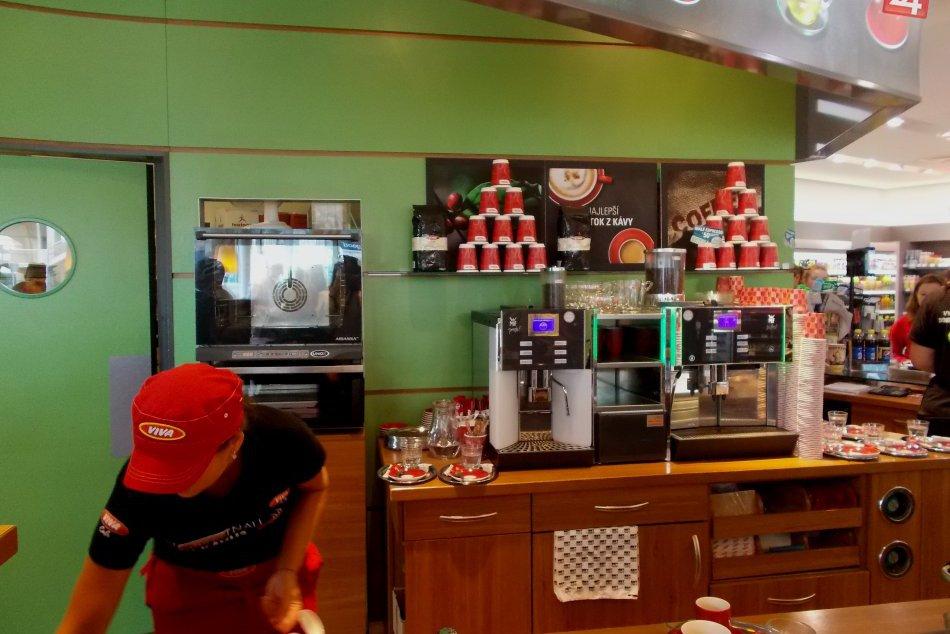 Káva na čerpacích staniciach OMV