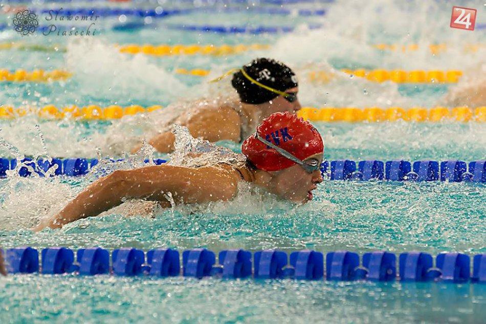 Mladá, nadaná plavkyňa žne úspech, kde sa len dá :)
