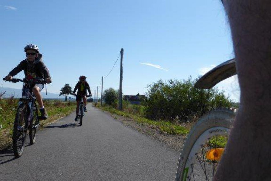 Nový cyklistický chodník