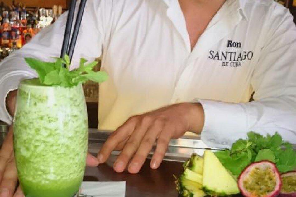 Humenský barman Marco a jeho tip na špeciálny osviežujúci drink!