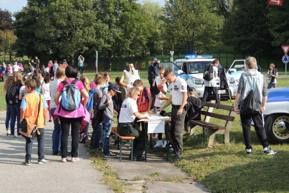 Statické a dynamické ukážky Polície na dopravnom ihrisku v Rožňave