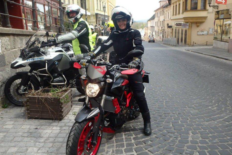 Miluje motorky a je to vidieť: Michaela z Bystrice a jej vášeň v obrazoch