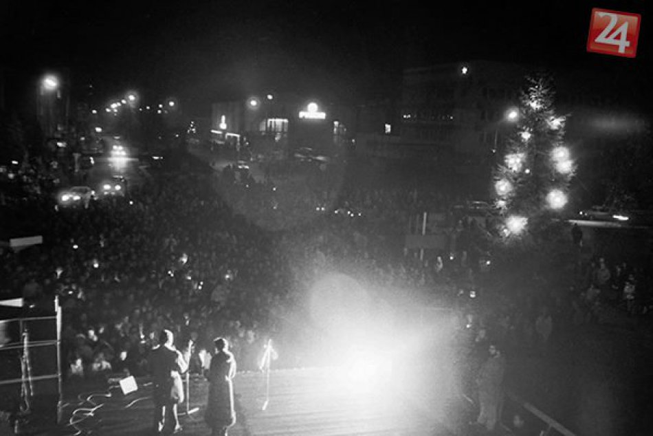 Novembrové udalosti 89 v Lučenci zachytil Michal Hanko