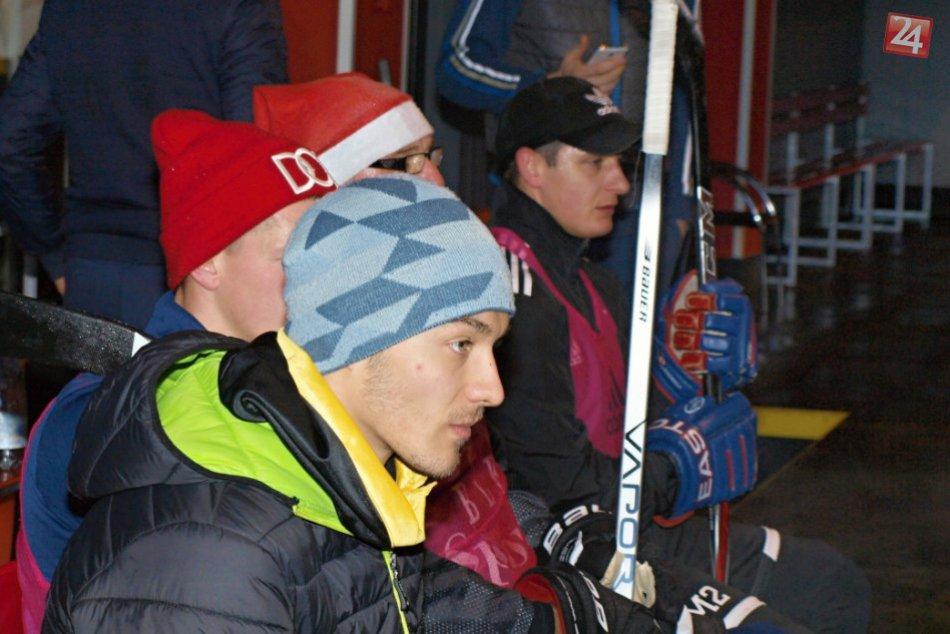 Ružomberskí futbalisti na ľade